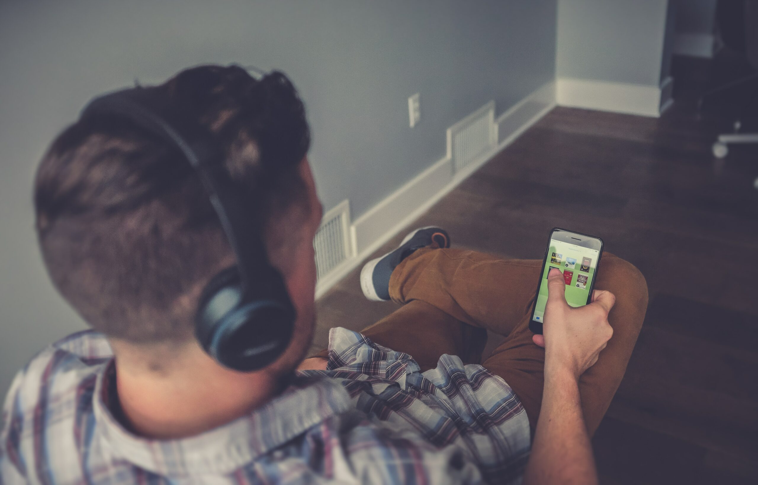 Misconceptions Are Stunting Marketers' Mobile Commerce Momentum